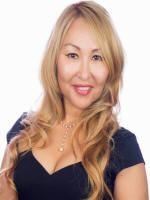Alina Gibbs Realtor for Camp Mabry with homes for sale near Austin TX
